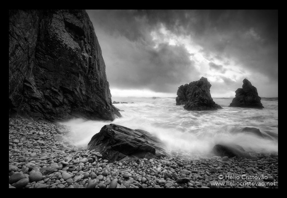 Helio Cristovao Fotógrafo Black White Dramatic Landscape Photography Biscaia Portugal Sintra Cascais Photography Cape Roca Cabo da Roca Selvagem